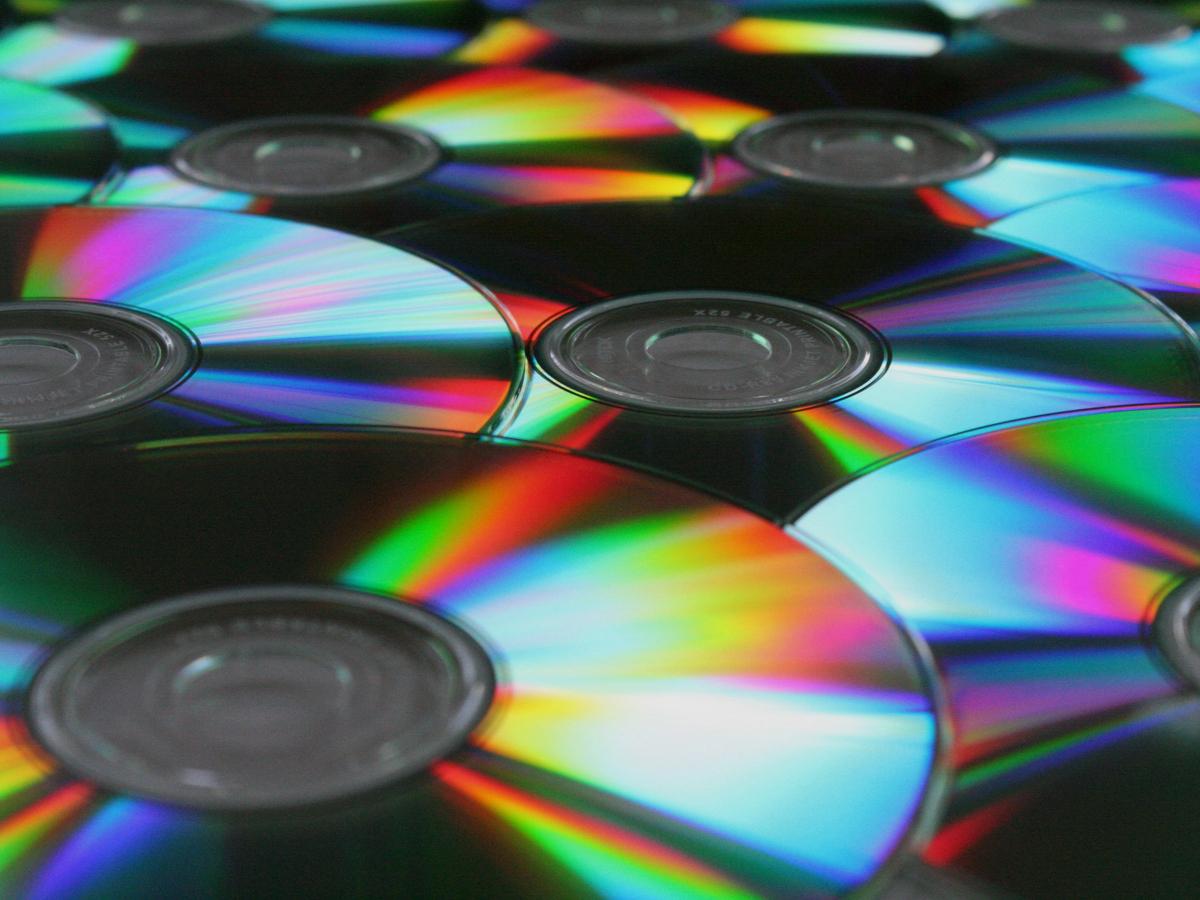 ¿Por qué poner códigos de barras a los cds?